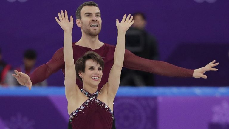 Winter Olympics: Canada's Meagan Duhamel and Eric Radford win in the team free skating event
