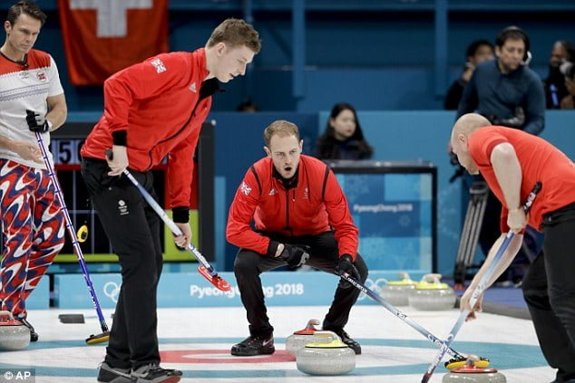 Winter Olympics: GB men's curlers crush Norway to boost semi-final hopes
