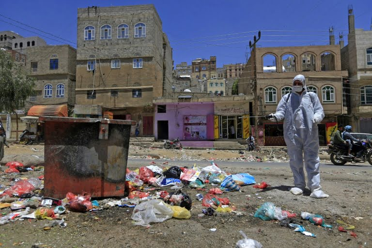 Yemen confirms the first two deaths from the coronavirus pandemic