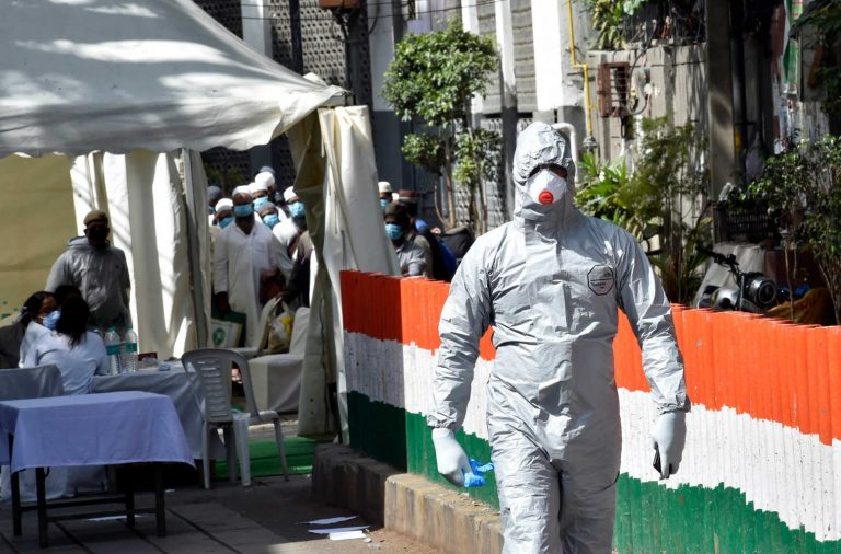 India continues its upward trend with a new record of coronavirus infections and deaths