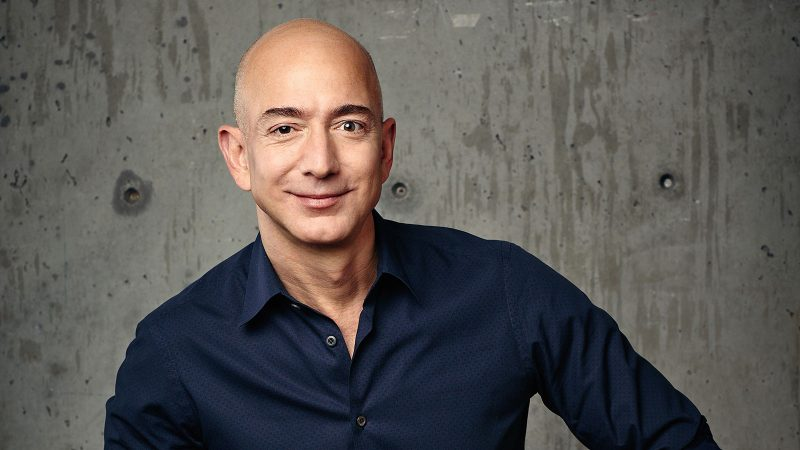 Jeff Bezos could open the Billionaires Club in the world