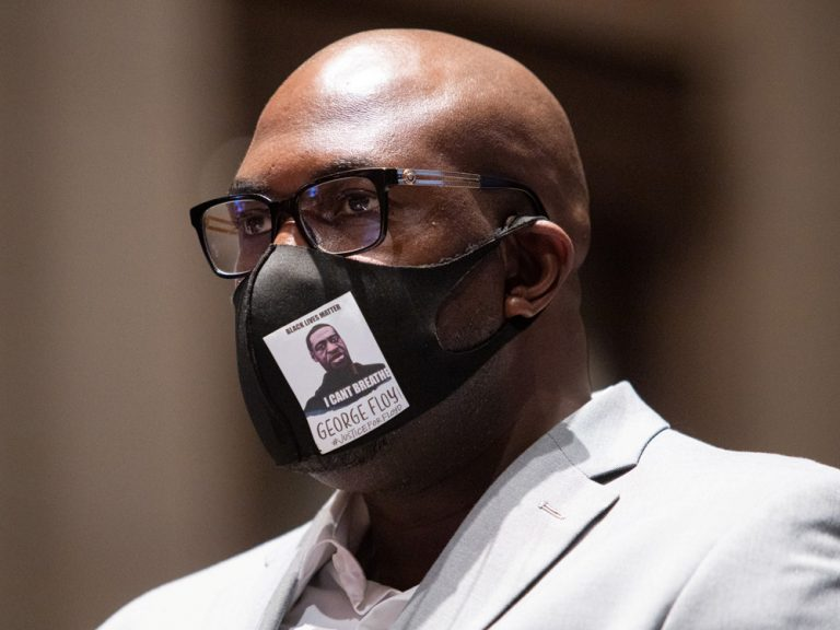 "George Floyd's brother testifies before the US Congress: ""I am here to practice justice."""