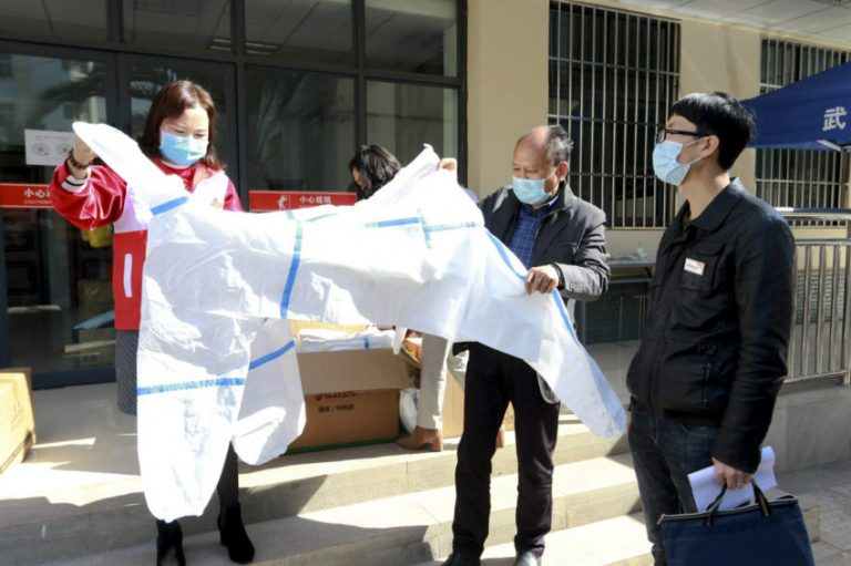 The Chinese authorities have been sentenced to coronavirus in a district with 400,000 inhabitants