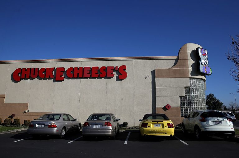 The rise and fall of Chuck E. Cheese, who has just filed for bankruptcy