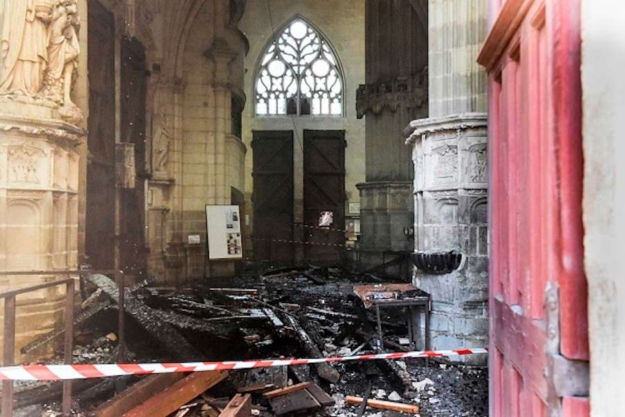 A volunteer from the Nantes diocese confesses responsibility for the fire in the cathedral