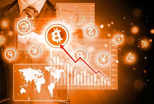 """Bitcoin shows """"terrifying"""" similarities to the sharp decline in March as the correlation with gold increases"""