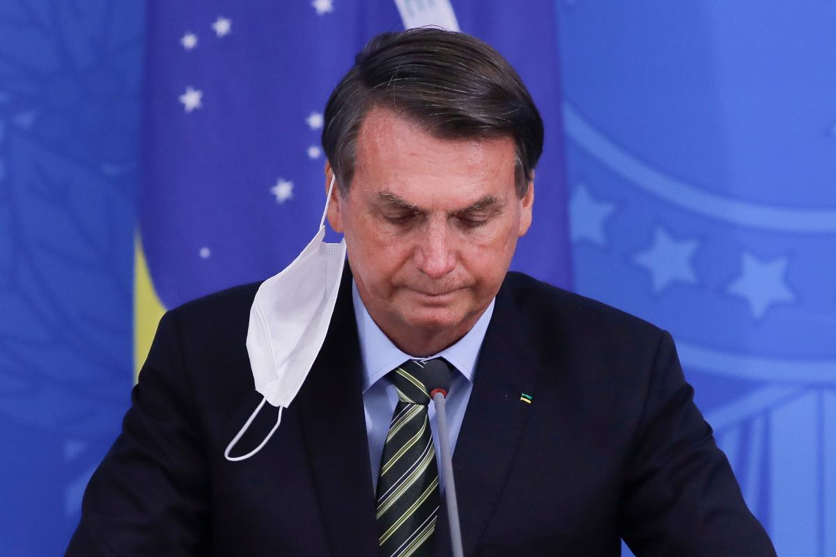 Bolsonaro returns to work in the Planalto Palace after passing COVID-19