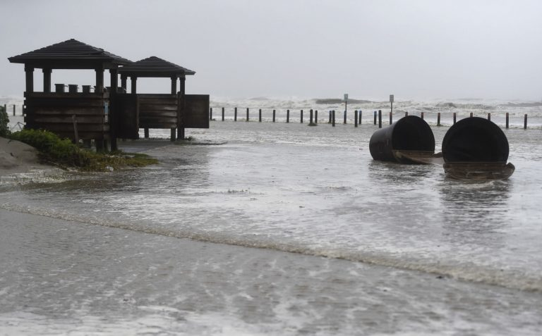 'Hanna' lands in Texas as a Category 1 hurricane
