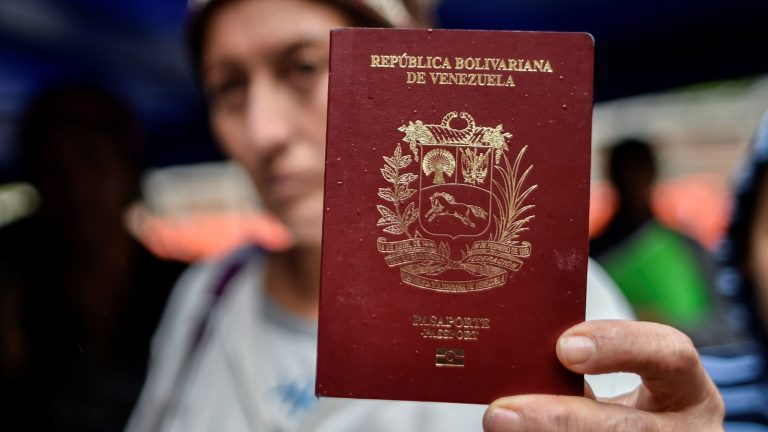 Learn how to pay for your passport in Venezuela with Petros