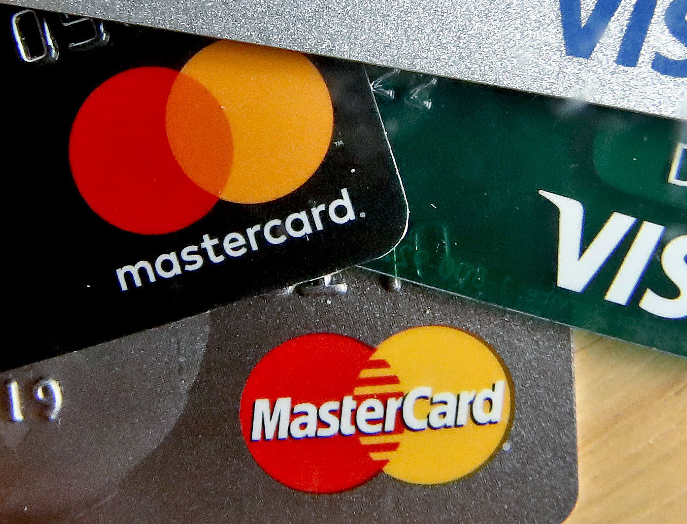 Mastercard is expanding its program for cryptocurrency card issuers