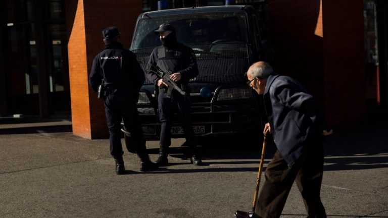 Morocco is dismantling a terrorist cell associated with the Islamic State in Nador
