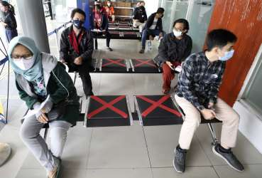 Vietnam begins evacuating nearly 80,000 people from Da Nang after a new outbreak of the corona virus has been detected