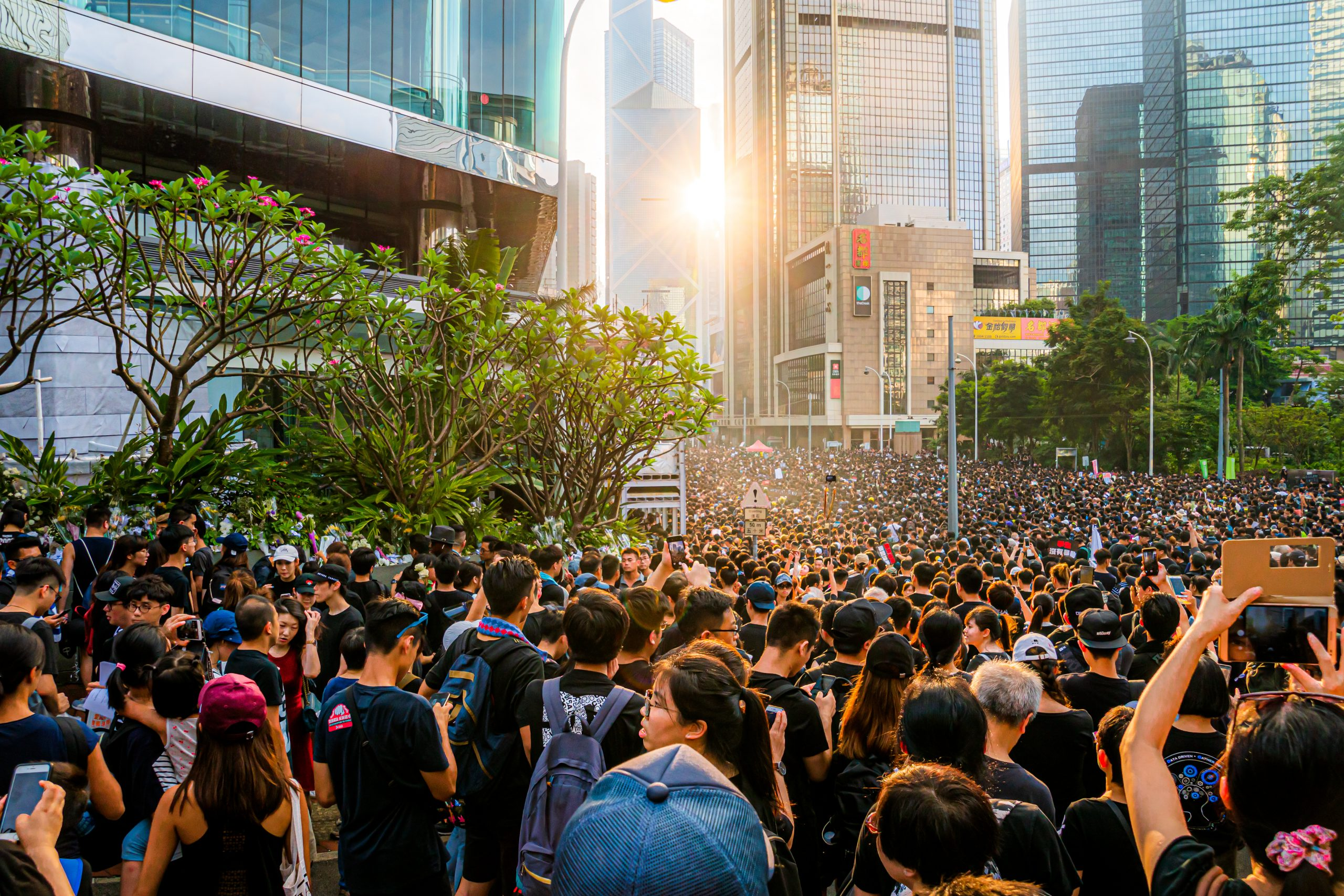 Young man accused of inciting secession and terrorism in Hong Kong for the first time under the new law