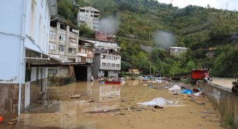 At least four dead and eleven missing in a major flood in northeastern Turkey