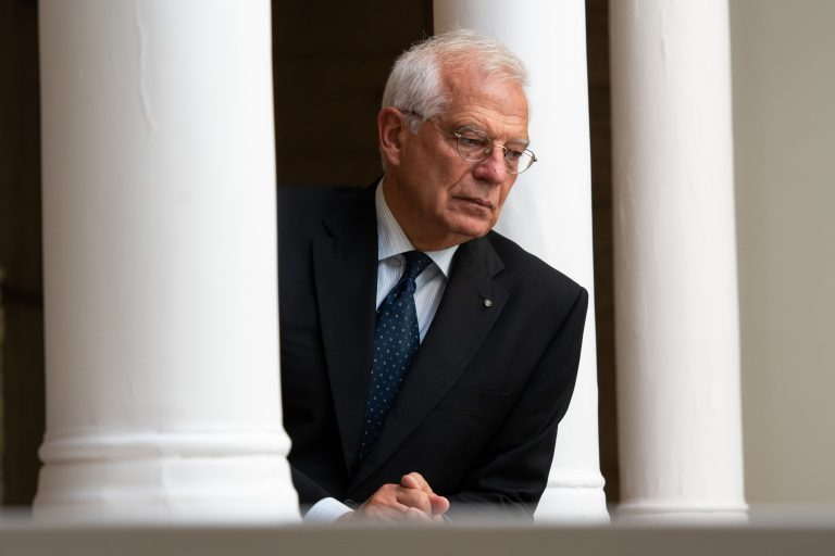Borrell defends the EU's response in Lebanon and calls for calls for reforms to be heard