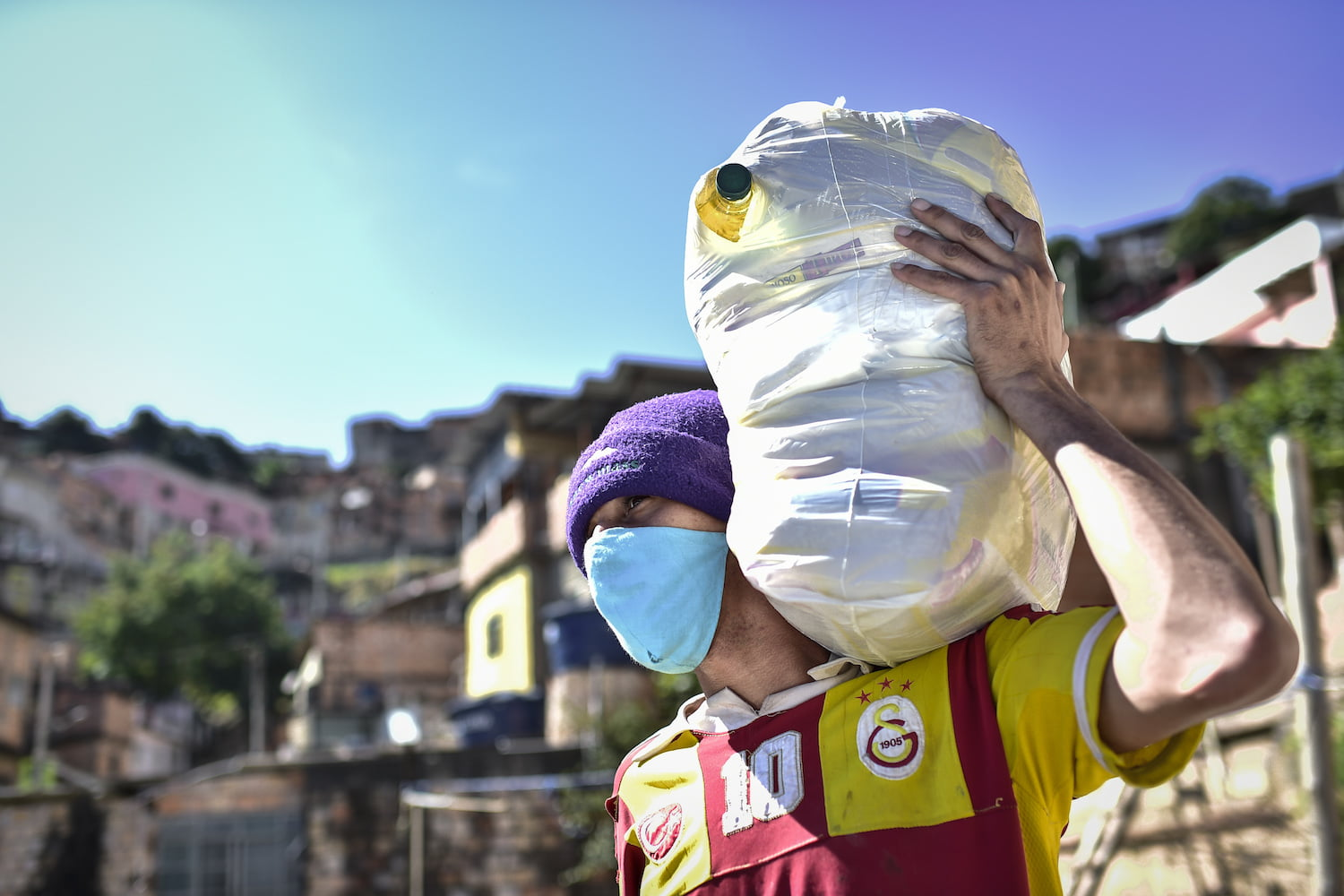 Brazil tops 2.9 million coronavirus infections after adding more than 53,000 new ones