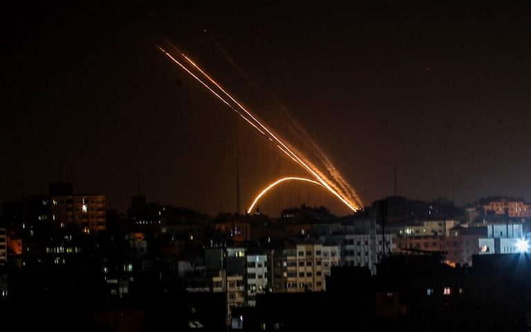 Hamas promises to step up attacks on Israel if the army resumes targeted killings