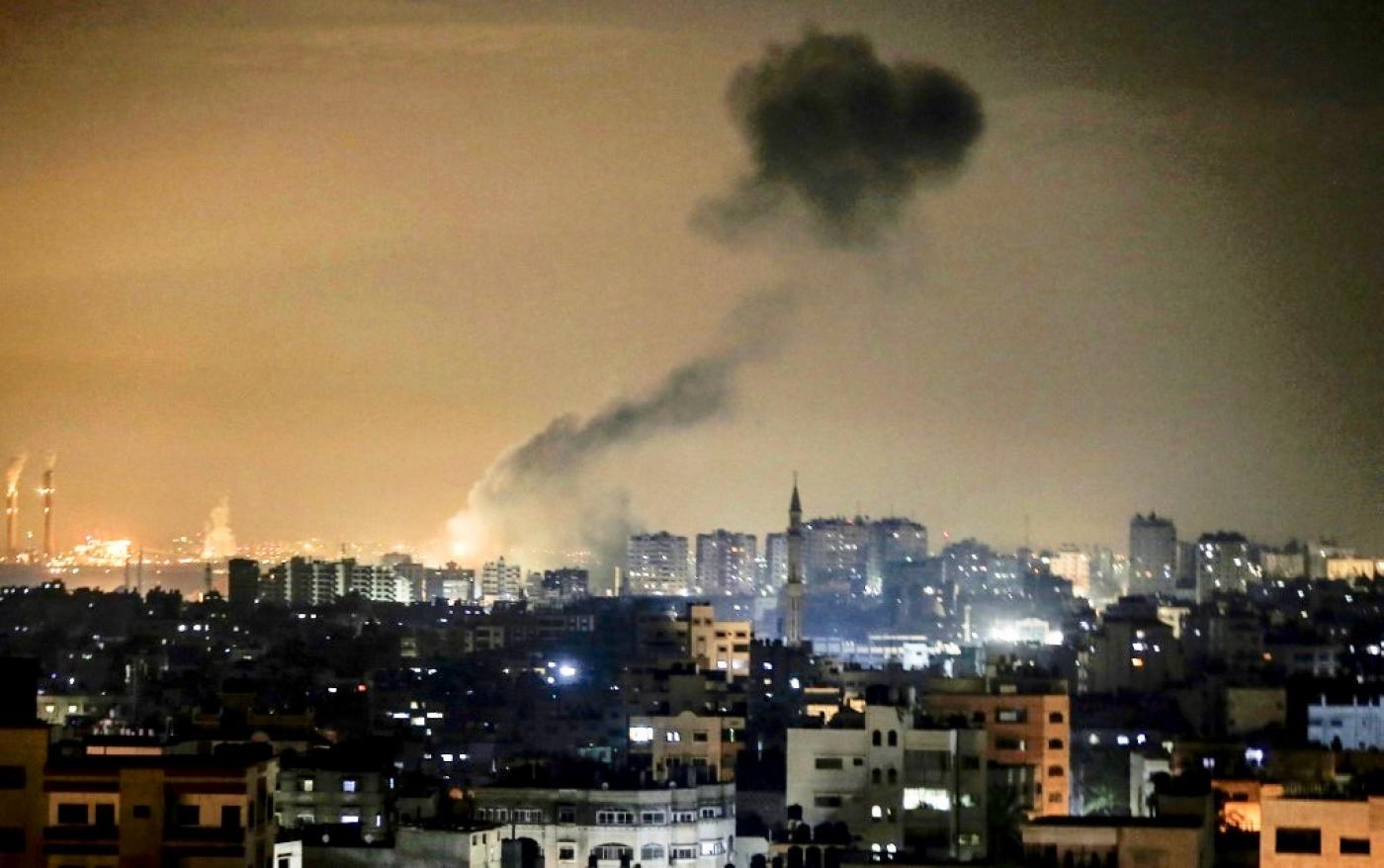 Israel again bombs Hamas targets in Gaza after firing fire balloons