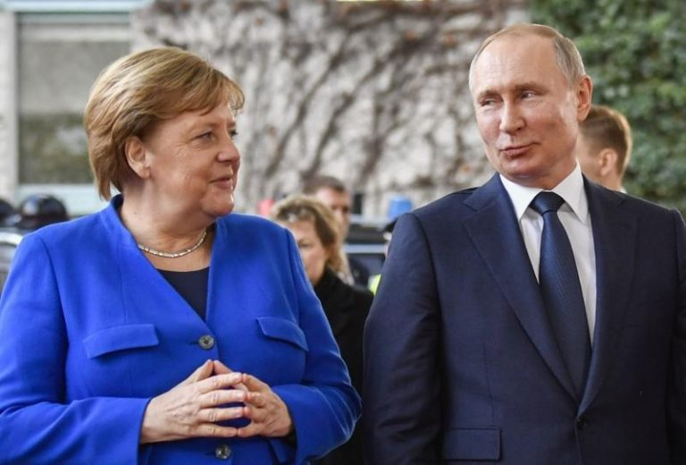 Merkel calls on Russia not to intervene directly in the Belarus crisis