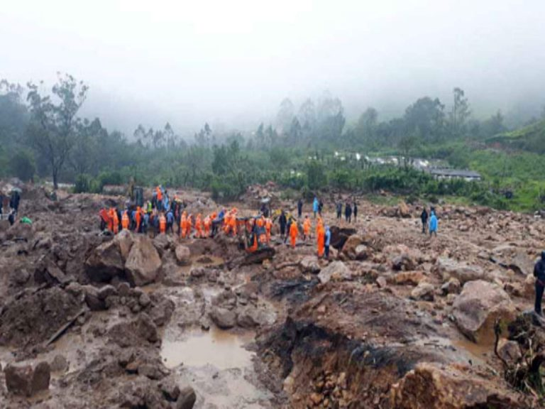 The number of landslide victims in southern India rises to 55 dead and 15 missing
