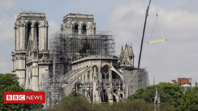 The reconstruction of the large Notre Dame organ will begin next week