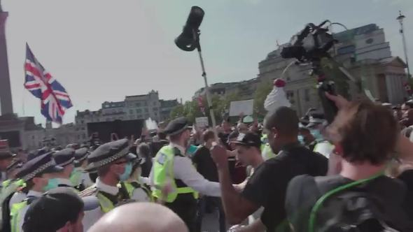 32 people were arrested during a demonstration against the lockdowns due to the pandemic in London