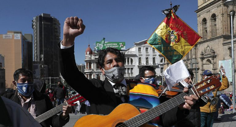 """Áñez asks Morales to return to Bolivia only """"to answer the judiciary"""", not as a candidate"""