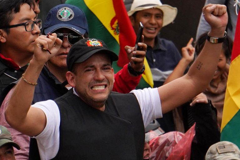 """Áñez celebrates the cancellation of Morales' candidacy """"with the law in hand"""""""