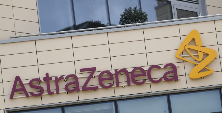 AstraZeneca suspends its Covid-19 vaccine study