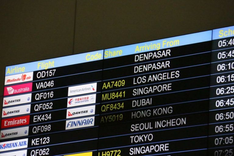 Australia extends international air traffic restrictions for another three months