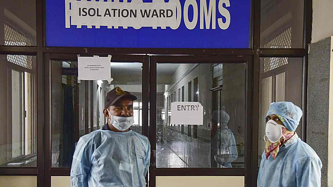 India reports another 93,000 coronavirus cases and 1,200 deaths in the past 24 hours