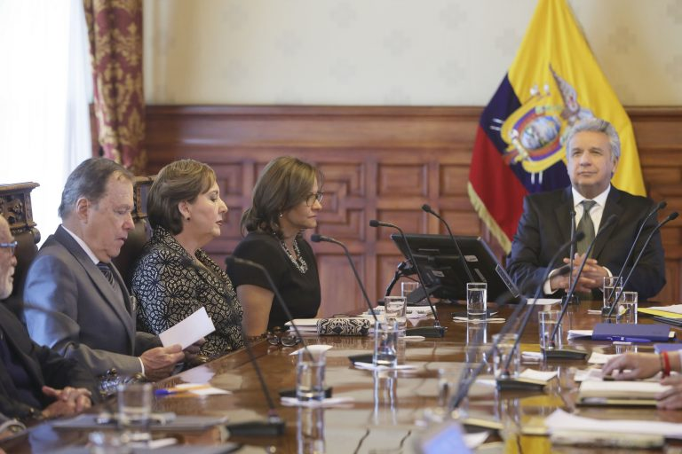 Lenín Moreno asked the assembly to support the government so that Ecuador could receive international aid