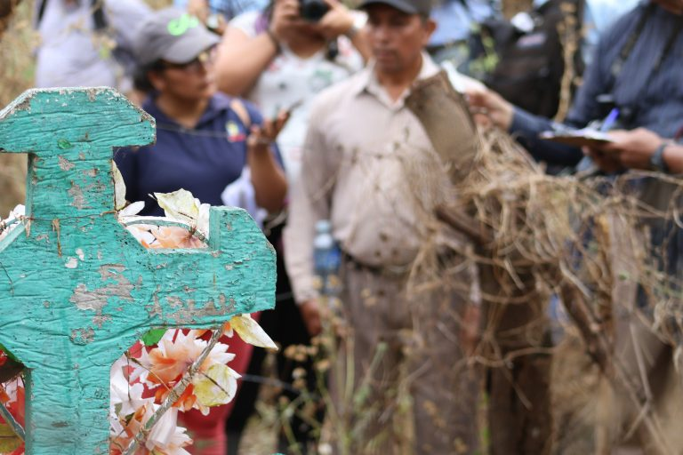 The Salvadoran Army prevents a judge from accessing the files of the El Mozote massacre