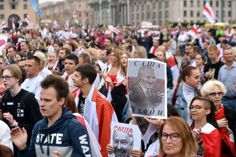 Tijanovskaya calls for new protests in Belarus after Lukashenko's inauguration