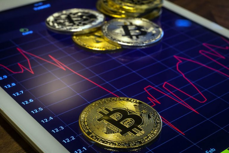 Bitcoin hits $ 14,000 for the first time since January 2018. What happens now?