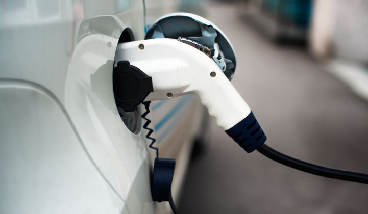 Blockchain project for charging electric vehicles as part of the MOVES program