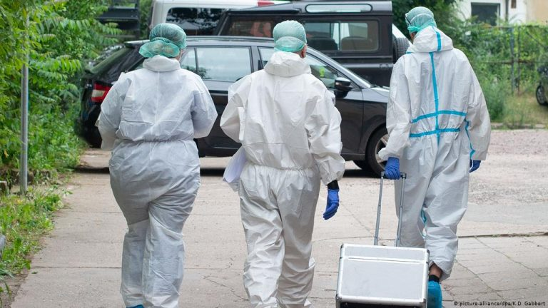France reports a new record of 45,000 infections within 24 hours