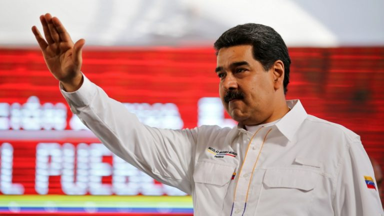 "Maduro guarantees that Venezuela will have a ""dialogue"" with the winning candidate in the US elections"
