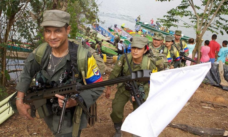 The former FARC claims two attacks against former Vice President Vargas Lleras