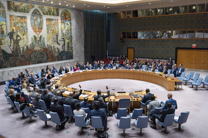 The Security Council renews the mandate of the peace missions in Sudan and the Central African Republic