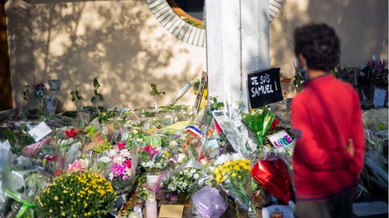 French police arrest five other suspects in the case of Professor Paty's beheading