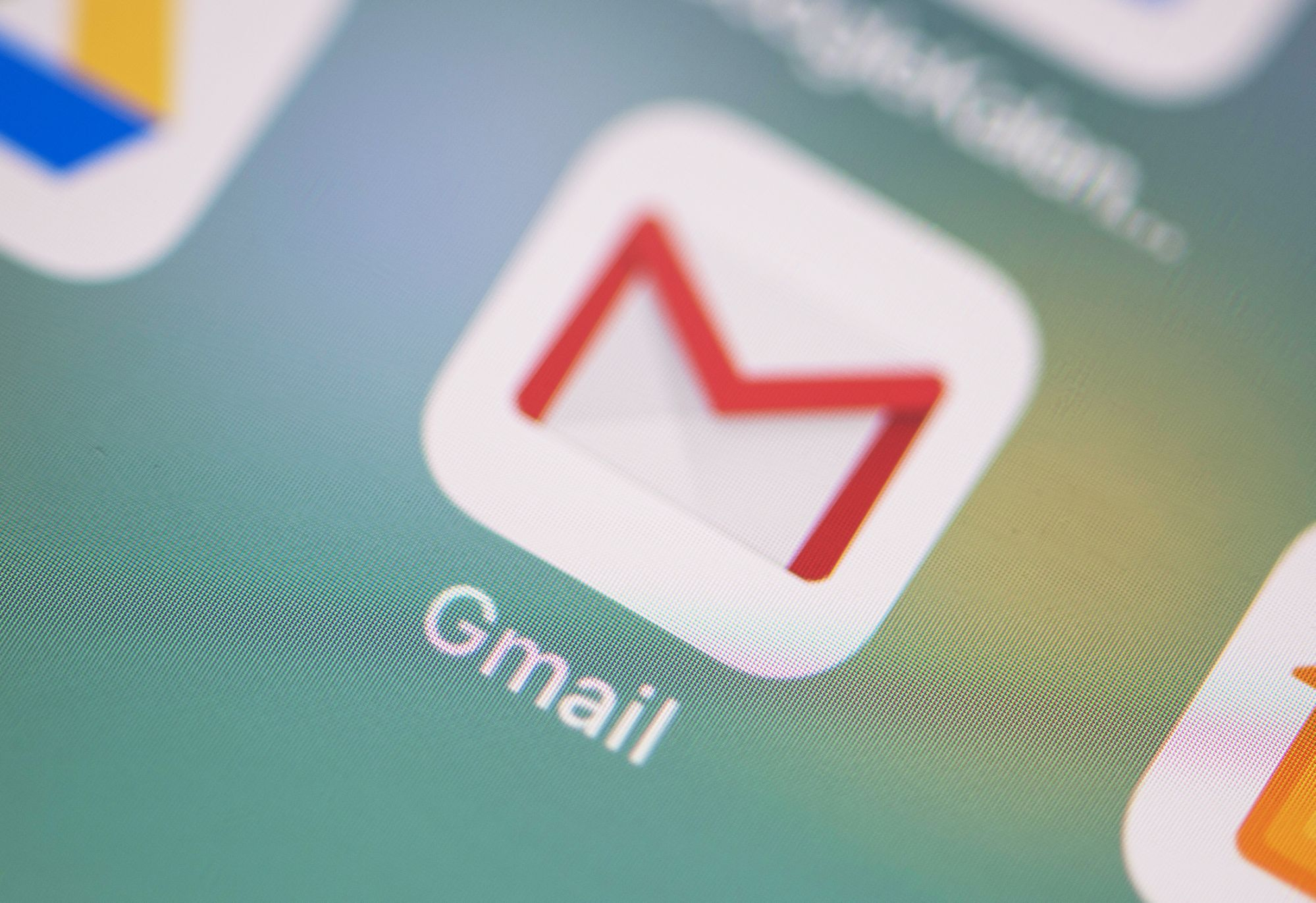 YouTube, Google, and Gmail services are restored after a global crash
