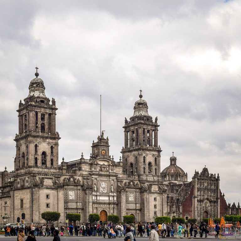 Santander and Coparmex join forces to reactivate SMEs in CDMX with preferential loans
